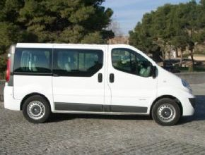 Nissan Primastar – LARGO NORMAL – 9 PLZS